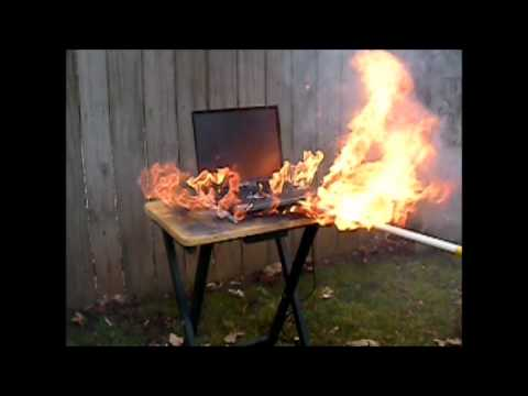 Laptop Explodes during Thermal Runaway Spark Test