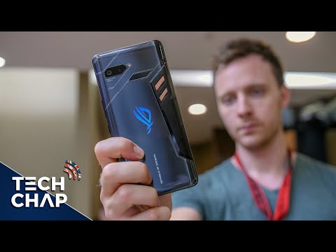 Asus ROG Phone Hands-On Review - INSANE Gaming Phone! | The Tech Chap