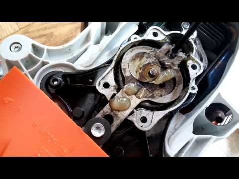 How to Grease a Gear Box on a Stihl Hedge Trimmer