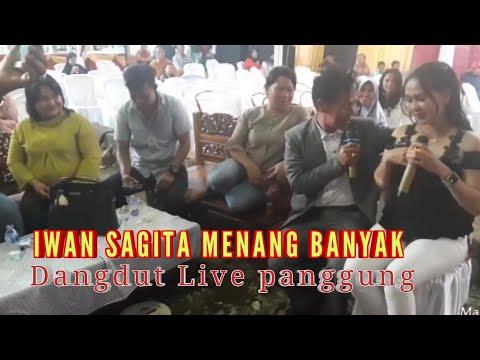 Semua tertawa menyaksikan IWAN SAGITA duet bareng SAUNAH , cover live panggung .