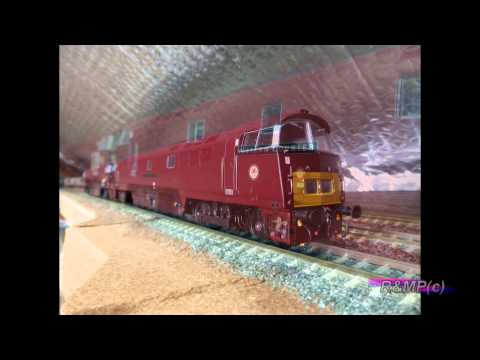 Dapol D1062 'Western Courier' (Ltd Ed)