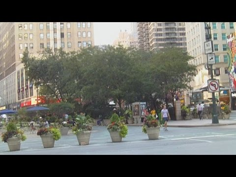 Herald Square Next To Macy's - Famous Places To See In New Y