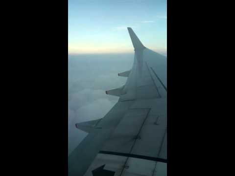 Landing @ Singapore Changi International Airport with Boeing B737-800 Silkair (MI 588)