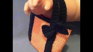 ВЯЗАНАЯ КРЮЧКОМ СУМКА сумочка для куклы вяжем по схемам