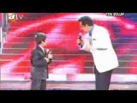 The Kurdish Kid singing in Turkish amazing voice feat  Kurdish Star Ibrahim tatlises