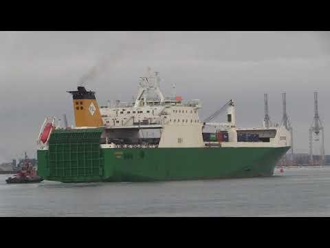 FSL Cargo RO-RO Ship Eddystone Arriving Marchwood Port Southampton 22/07/19