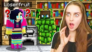 TROLLING A STREAMER WHILE SHE'S LIVE in Minecraft!