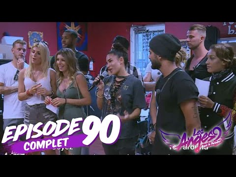 💸 Les Anges 9  (Replay) - Episode  90 : Les Anges chantent leur hymne devant des enfants !