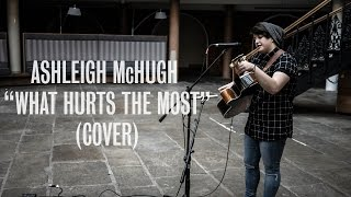Ashleigh McHugh - What Hurts The Most (Rascal Flatts Cover) - Ont Sofa Live at Leeds Corn Exchange
