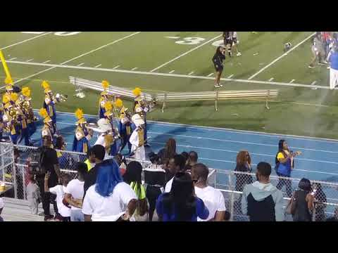 Miami Northwestern Mighty Marching Bulls marching out vs Miami Central