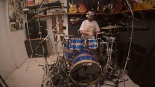 luca gelli and francesco cherubini jam with cbg drumless backing tracks