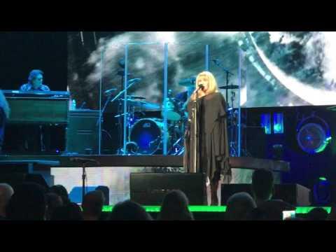 """Stevie Nicks """"Rhiannon"""" Portland OR February 28, 2017 Moda Center 24K Gold Tour"""