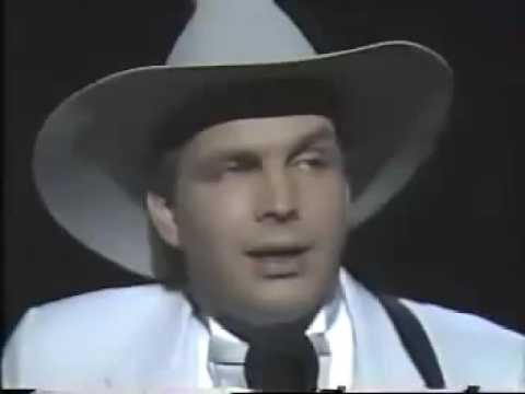 Garth Brooks Friends in Low Places Live 1990