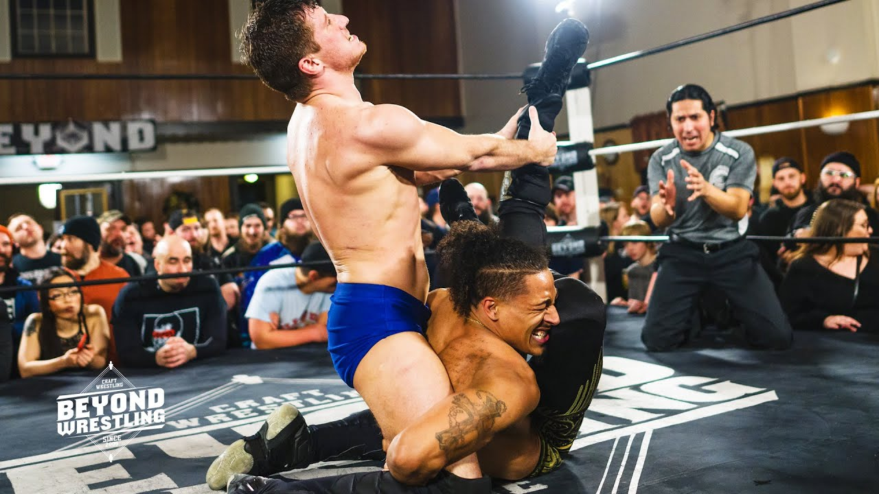 "[Free Match] Tony Deppen vs. Christian Casanova | Beyond Wrestling ""Heavy Lies The Crown '19"" (GCW)"