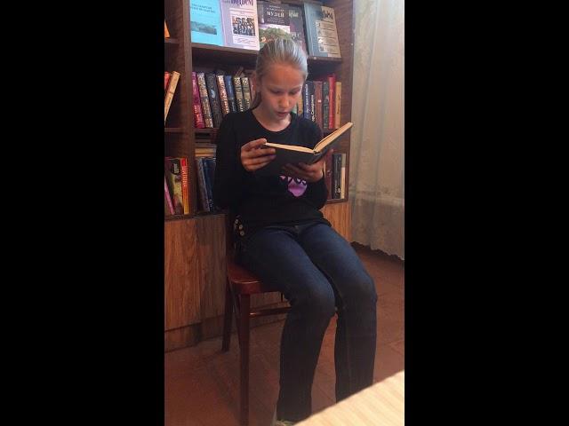 Изображение предпросмотра прочтения – ИринаВалева читает отрывок изпроизведения «Коля пишет Оле, Оля пишет Коле» А.Г.Алексина