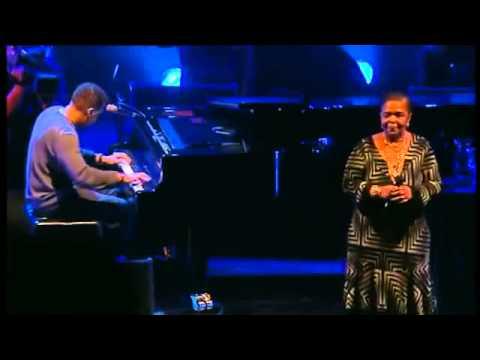 Cesaria Evora Live D amor 2004 Complete Concert 00
