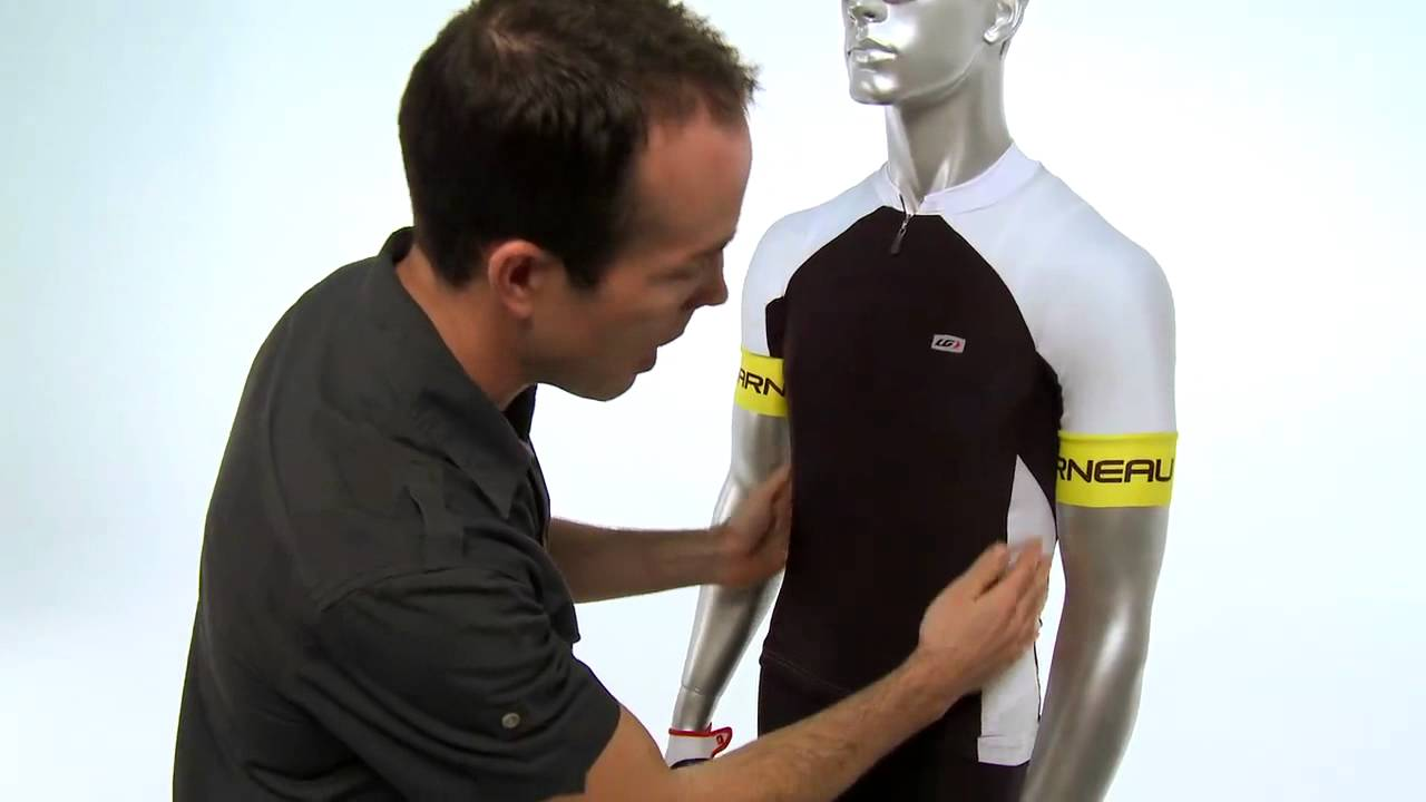 24578cfd3 Louis Garneau Mondo Evo Short Sleeve Cycling Jersey Review from Performance  Bicycle