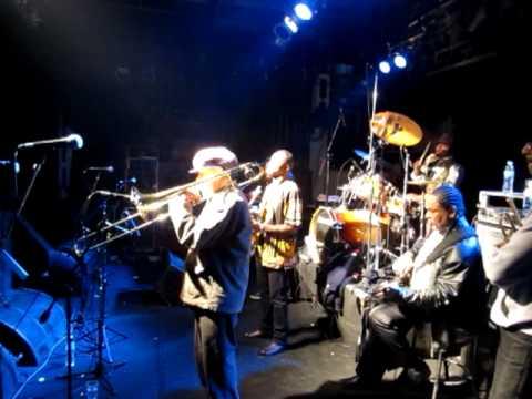 Rico Rodriguez & The Skatalites - Ramblin 21/08/2011 (feat. Hugo Lobo)