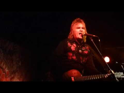 Mike Peters of The Alarm: live at Newcastle Cluny 2 2014