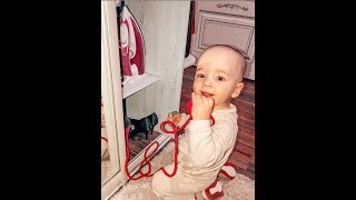 Юлия Салибекова. Багратик помогает маме прибираться )) 🧹🧹🧹
