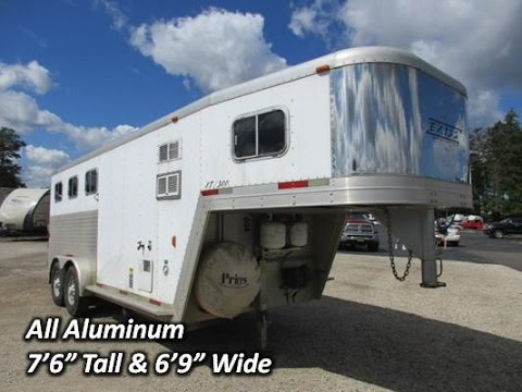 HaylettRV.com - 2001 Exiss XT300 Used Living Quarter Gooseneck Three Horse Trailer