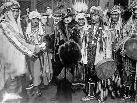 Glacier Park Indians - Medicine Song 1914 Blackfoot Indian Tribe (Blackfeet)