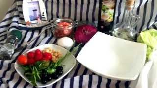 морской салат. рецепт. яйцо пашот. кипр 2015