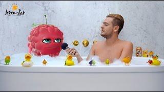 Frambourgeoise (Les Fruits à Ibizananas) dans le bain de Jeremstar - INTERVIEW