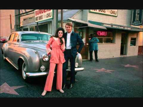 Glen Campbell & Bobby Gentry – All I Have To Do Is Dream