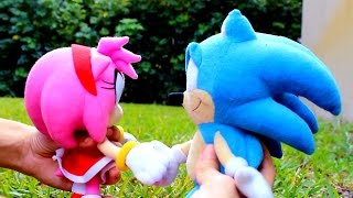 Repeat youtube video Sonic Plush: SonAmy