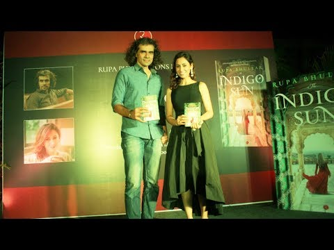 Imtiaz Ali Launched Debut Author Rupa Bhullar's Book 'The Indigo Sun' | Bollywood Events