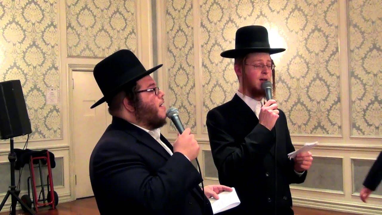 Avrum Mordche Schwartz with Levy Falkowitz - Mitzvah Tantz Intro