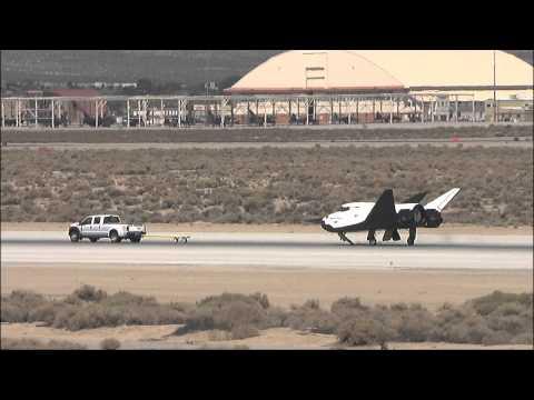 Dream Chaser Rolls Through Ground Tests