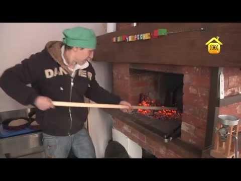 Как испечь хлеб в русской печи видео
