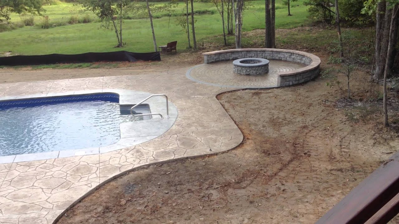 16x32 Vinyl Liner With Arizona Flagstone Stamped Concrete