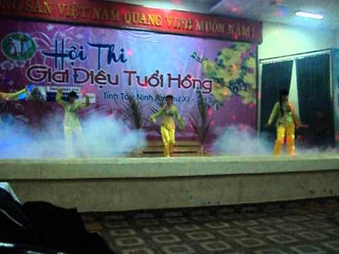 """THPT Lê Quý Đôn - Giải Nhất Múa """"Giai điệu tuổi hồng"""" lần 11/2013 Tây Ninh"""