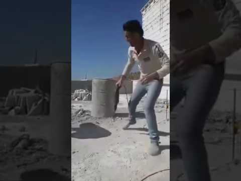 Crazy arab worker