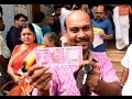 Heavy Rush In Banks To Change Currency !!