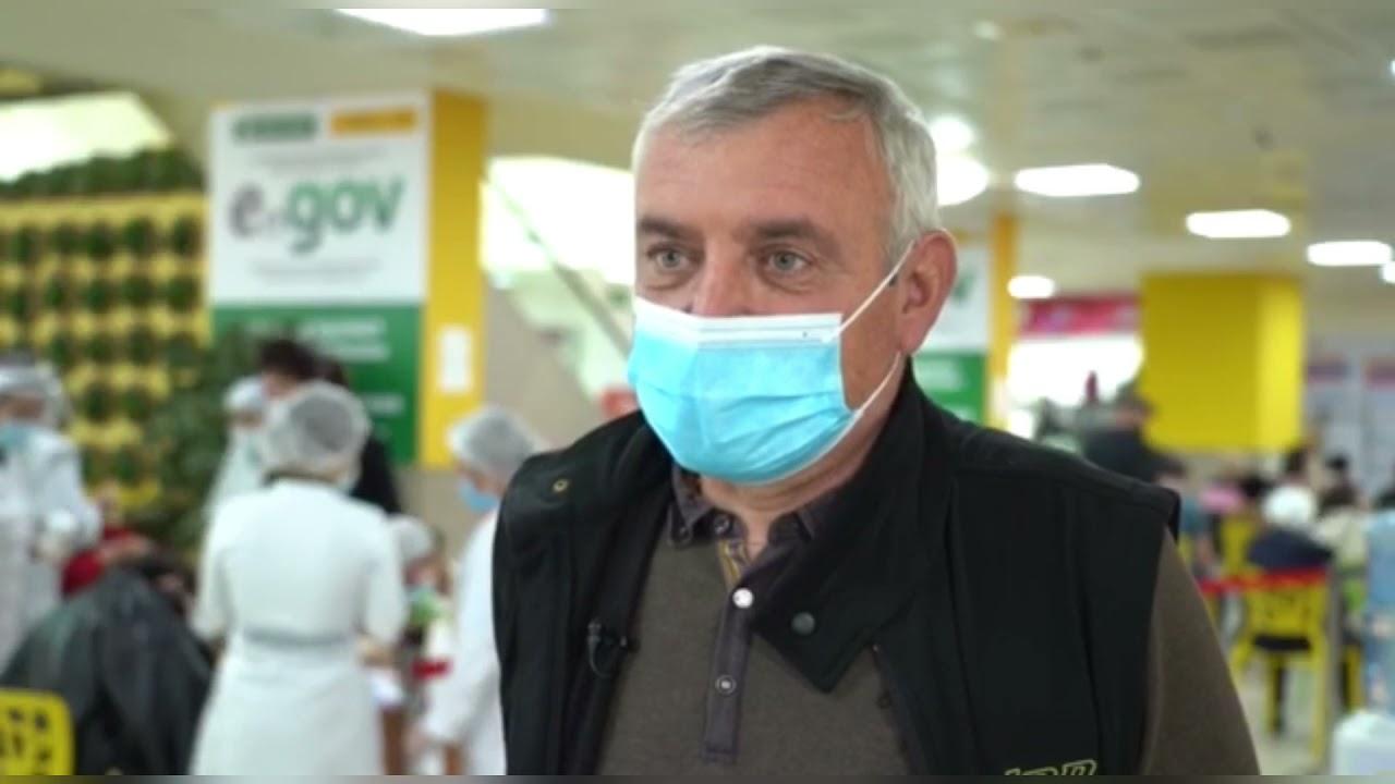 Алматинцы активно участвуют в вакцинации против COVID-19