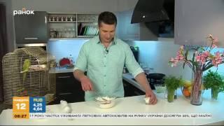 Клубничный омлет - Летний завтрак | Кухня холостяка