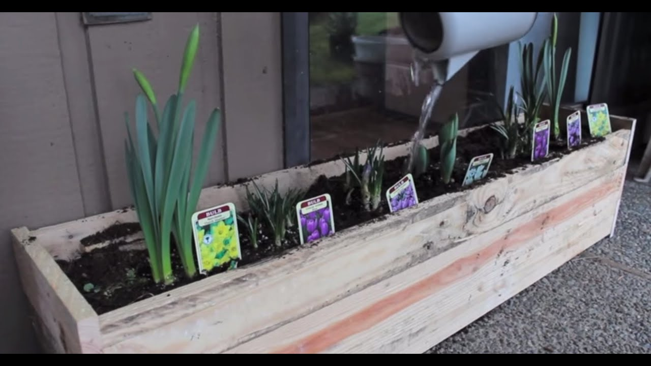 Pallet planter box diy youtube for How to make a planter box out of pallets