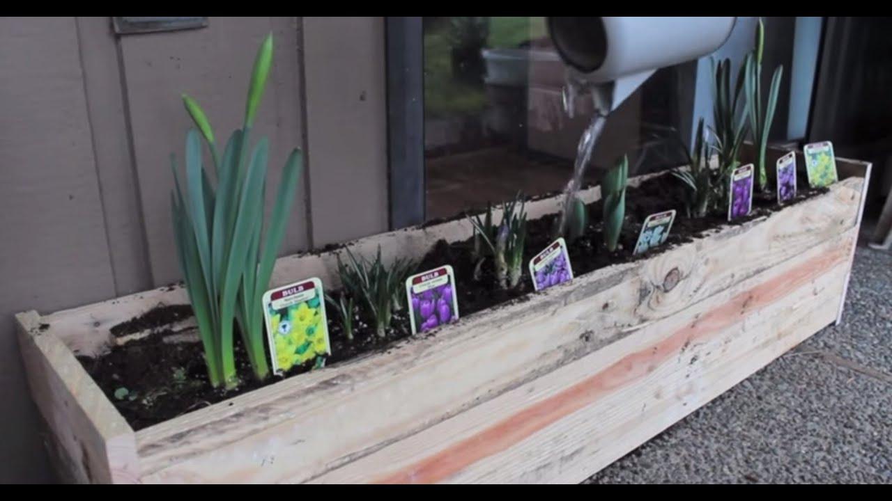 Pallet Planter Box Diy Youtube