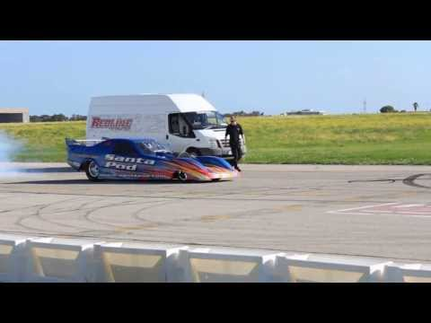 Fastest Jet Funny Car in Malta ( Paqpaqli ghall - Istrina 2013 )