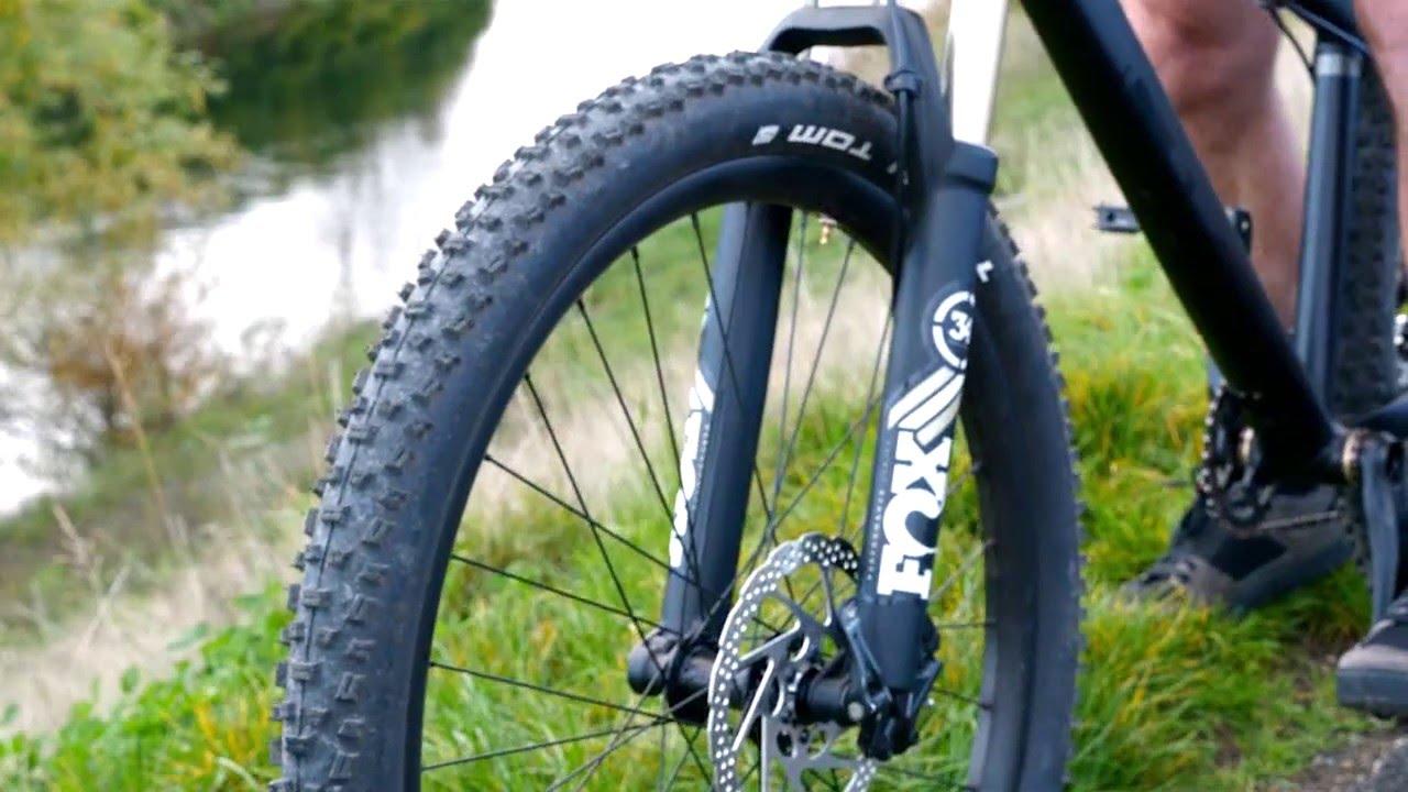 2016 Diamondback Hook Line Syncr & Sync'r Pro Hardtail Mountain Bikes