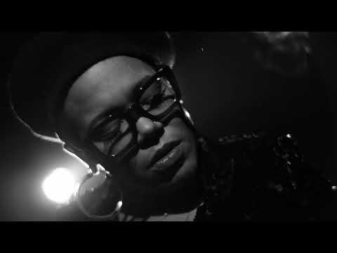 Youtube: Nicotine – China Moses«& The Vibe Tribe» EP  – Dir. Adriano Vannini