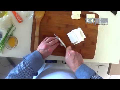 Суп с рисовой лапшой и бульоном из тыквы с тофу