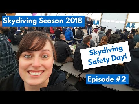 7b59b2e832e54 Skydiving Season 2018 - Baby boy   Getting back into my jumpsuit (Episode   3)
