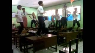 Harlem Shake Indonesia ( SMP 16 Tangerang 8.1 )