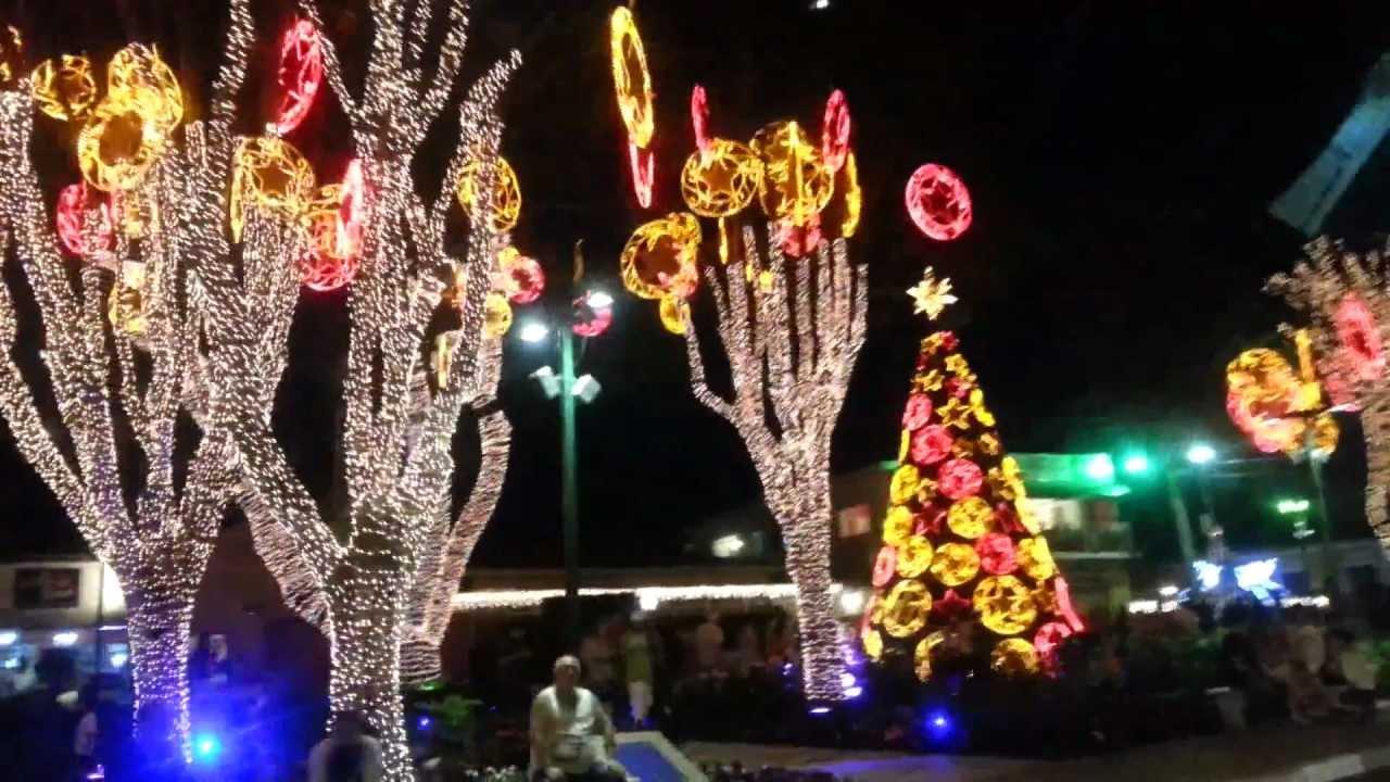 Resultado de imagem para praça de guararema neste natal