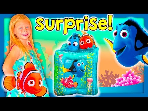 ASSISTANT FINDING DORY Disney Pixar Surprise Dory House a Paw Patrol and Nemo Funny Surprise